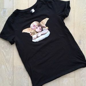 🔥BOGO H&M Angel Tee Size Small
